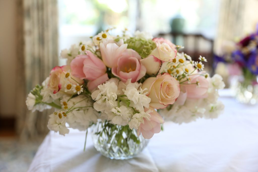 Professional Looking Flower Arrangements-10